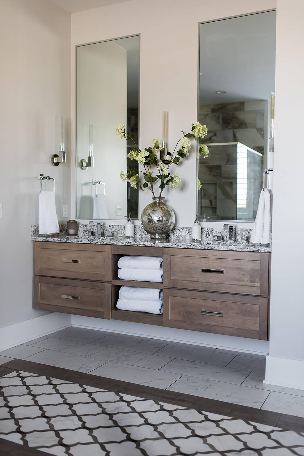 6 Master Bath Must-Haves - Everything Home Designs